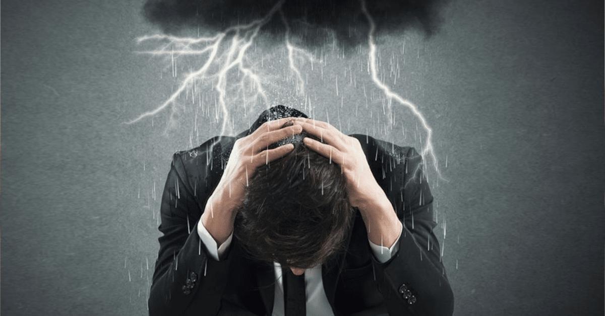 Faça a oração para livrar-se da energia negativa de antepassados